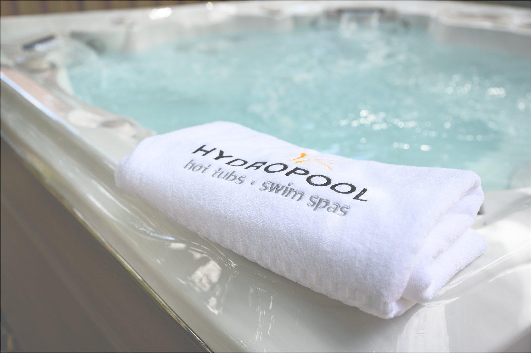 Hydropool towel